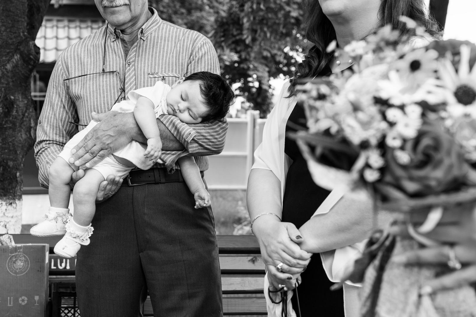 Imagini din portofoliul Irinei Mocanu, fotograf de botez în Iași