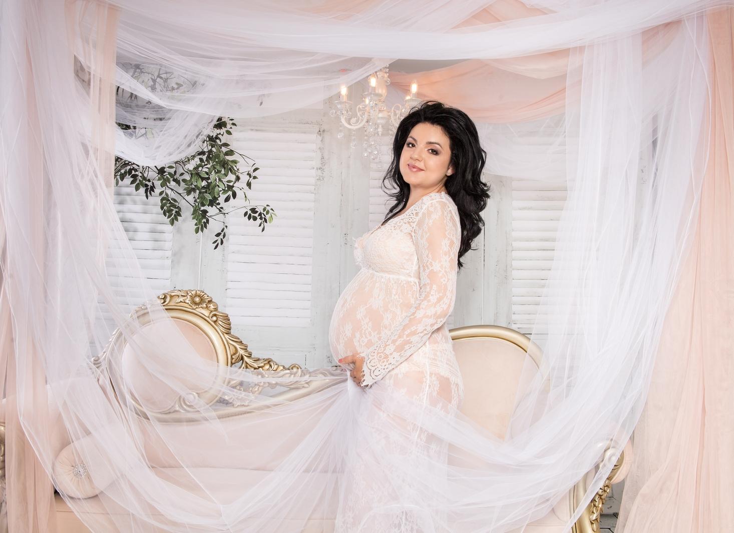 Imagini de la studioul foto din Iași al fotografei Irina Mocanu